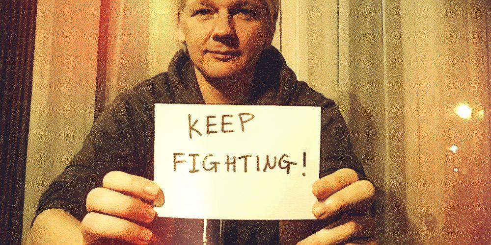 Sloboda Juliana Assangea je i naša